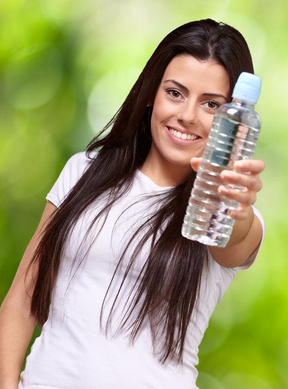 Znate li koliko trebati piti vode